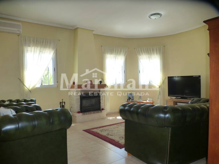 Resale - Country House - Rafal