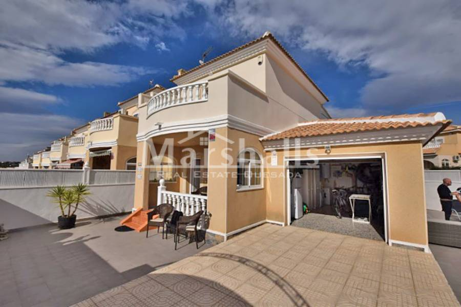 Venta - Semi-Detached Villa - Benijofar